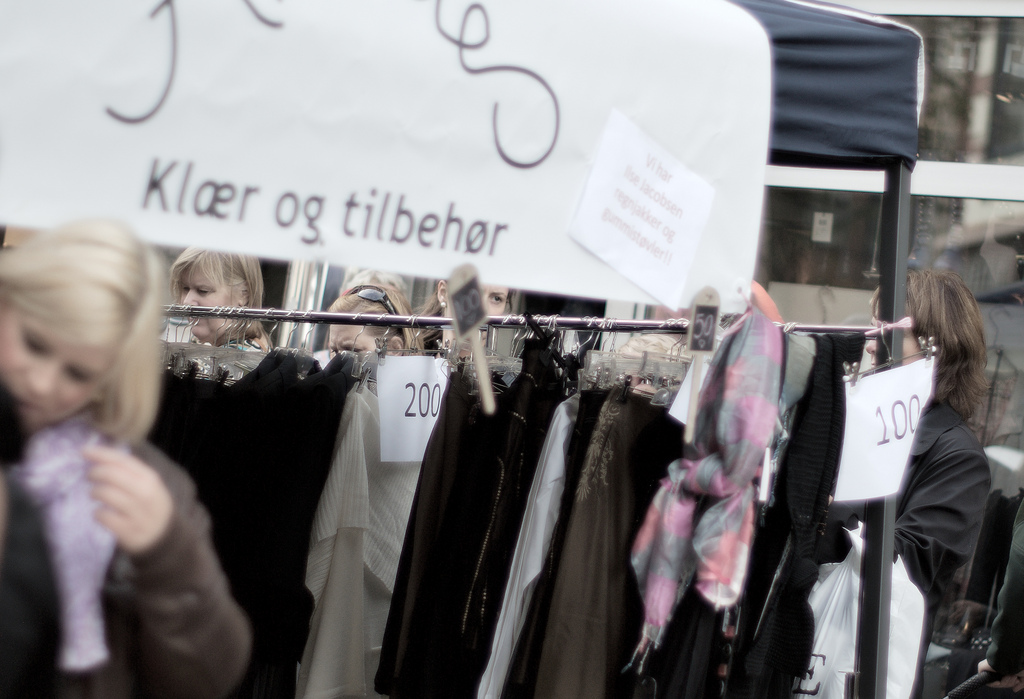 Hundreds of Thousands of Norwegians are Shopaholic